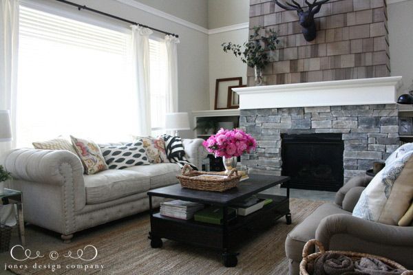 jdc-living-room-with-shingled-fireplace-and-stone-surround