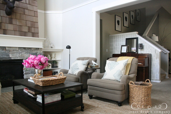living-room-looking-to-stairs