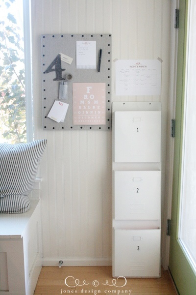 linen-pinboard-organized-for-september