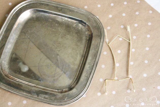 silver-tray-and-hanger