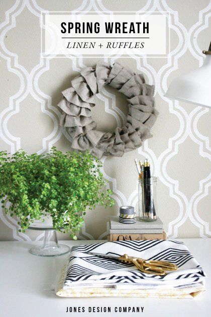 how to make a linen ruffle wreath / jones design company
